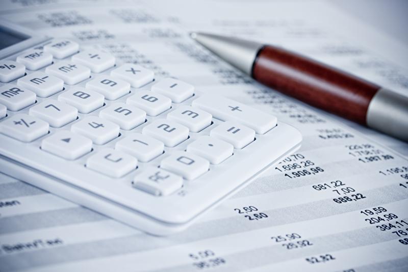 Unternehmen immer nachhaltiger – Senkung der Lohnnebenkosten hat aber oberste Priorität Deloitte
