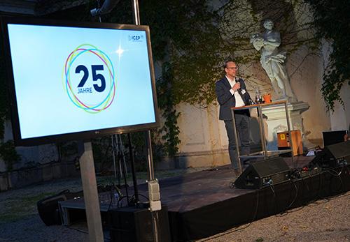 25 Jahre ICEP – 25 Jahre Empowerment für Menschen in Entwicklungsländern Bernhard Weber